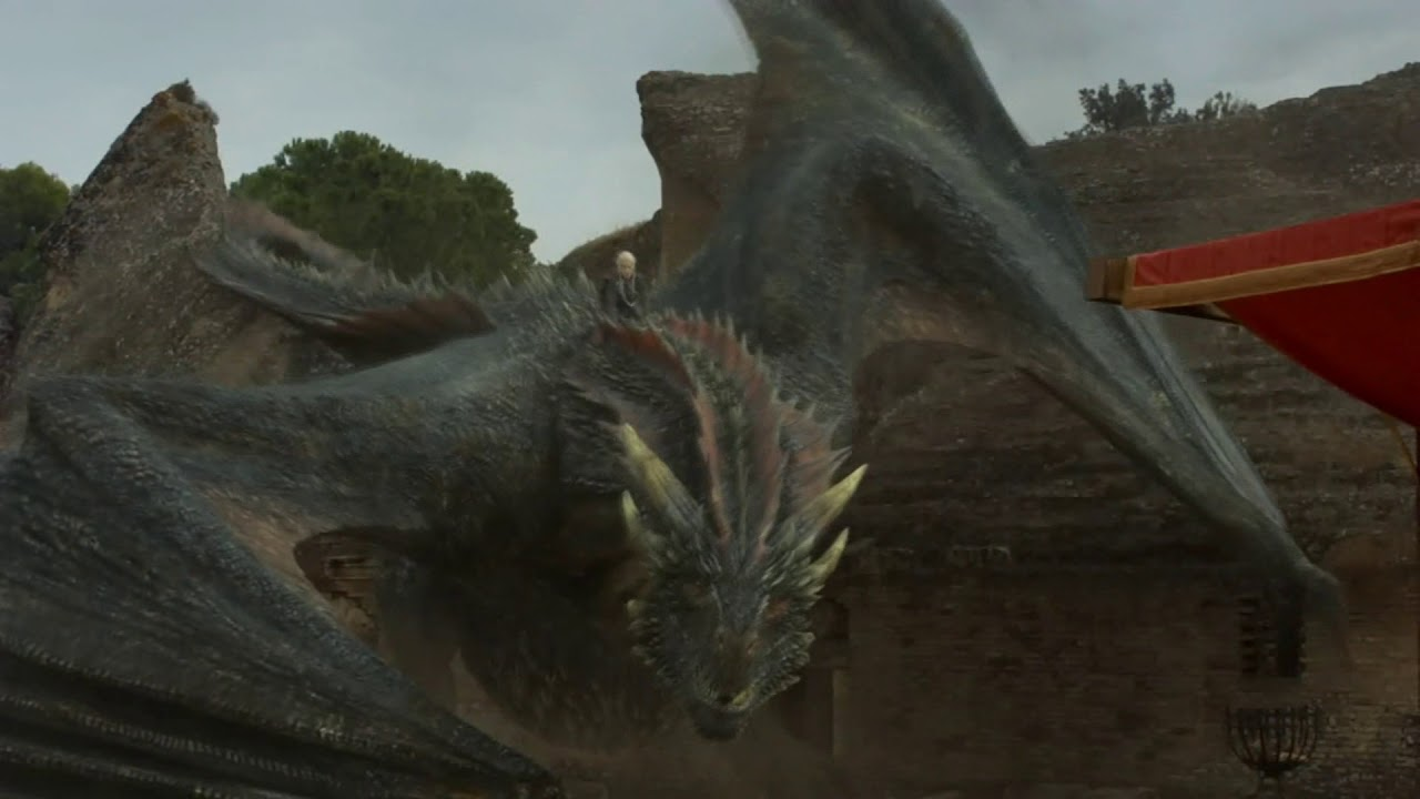 Game of Thrones 7x07 Daenerys Arrives with Drogon Grand Entry at Dragon pit