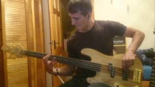 Waiting for your love - Toto (FRETLESS BASS cover)