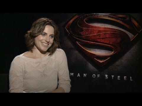 Antje Traue - Man of Steel Interview HD
