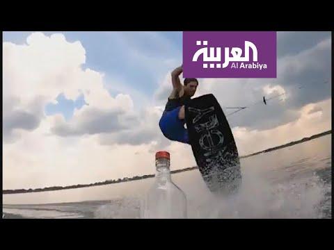 لاعبو كرة القدم يشاركون في تحدي غطاء الزجاجة  - 23:53-2019 / 7 / 9