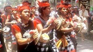 MUSIK Pengiring NGABEN di Bali - Gamelan Music for Balinese Funeral - Indonesia [HD]