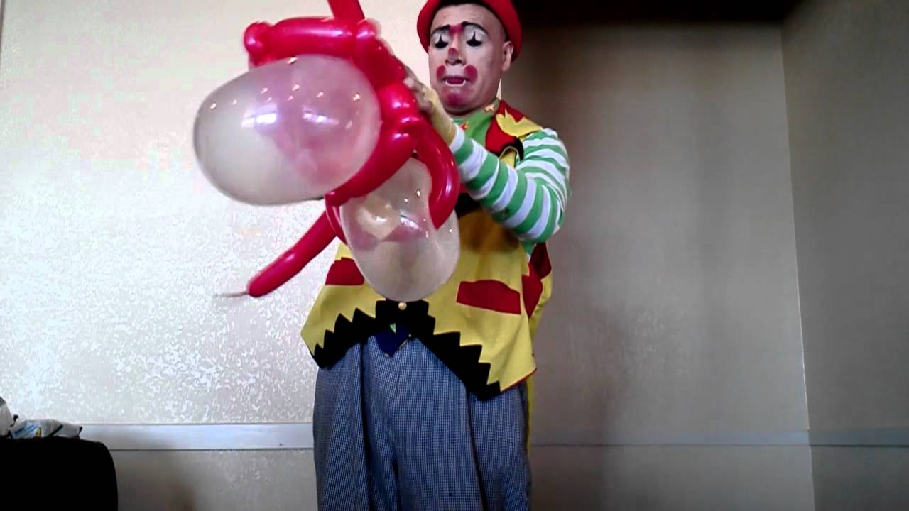 how to make a clown out of balloons