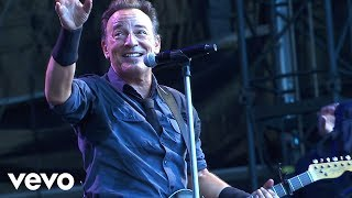 Смотреть клип Bruce Springsteen - You Never Can Tell