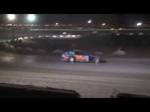 Highlights - Sean McBee #35 - Wins MW Modified Main Event May 2011