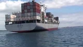 Boats near big ships - Boat Safety in NZ - Maritime New Zealand