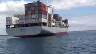 Boats near big ships - Boat Safety in NZ - Maritime New Zealand