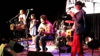 Elizabeth Mitchell - Little Liza Jane (Live at Kindiefest 2011)