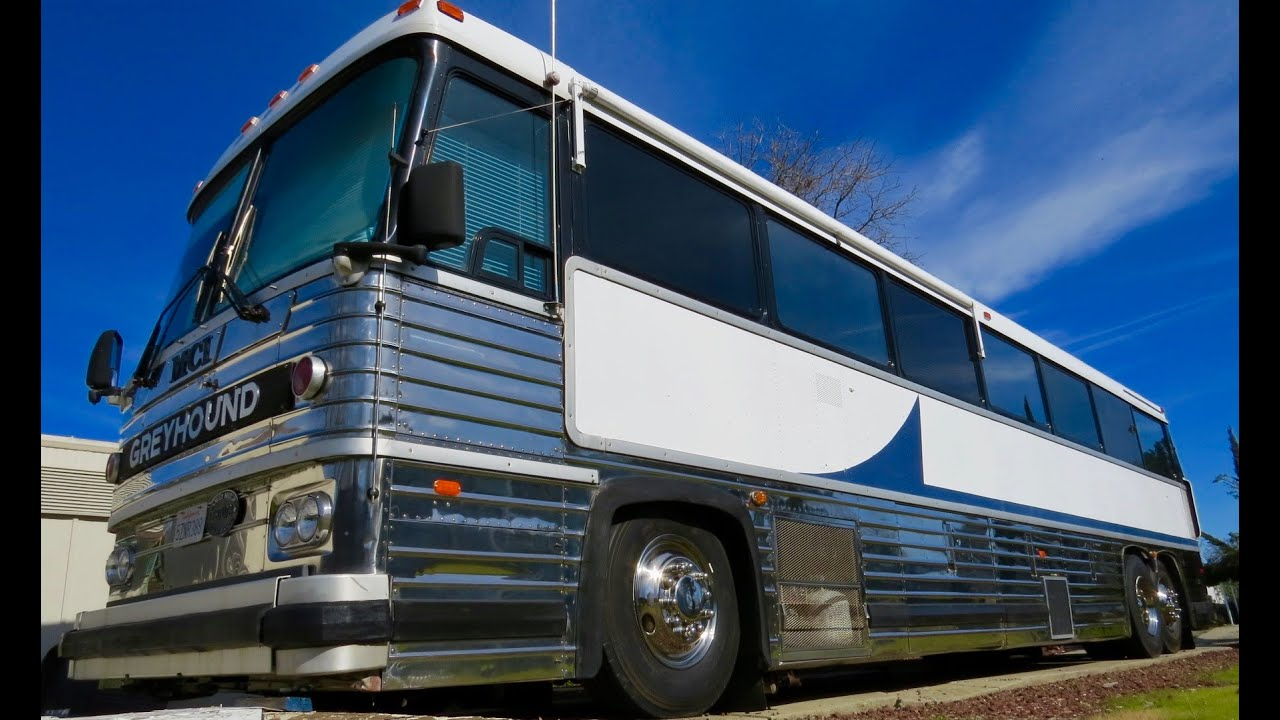 For Sale: 1983 MCI Bus Conversion