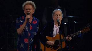25th ANNIVERSARY ROCK AND ROLL HALL OF FAME CONCERT Simon & Garfunk...