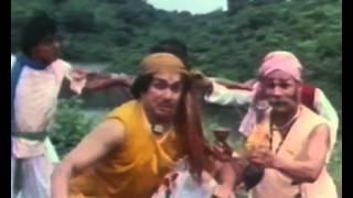 Tambakoo Nahin Hai Full Song | Soorma Bhopali | Menka