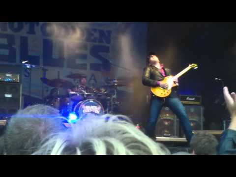 Black Country Communion   Song of Yesterday   live@Notodden Bluesfestival  2011