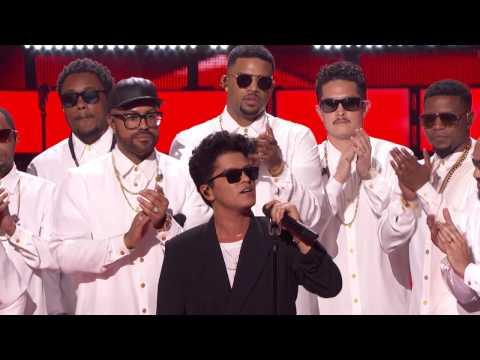 Bruno Mars Acceptance Speech Innovator Award | iHeartRadio Music Awards 2017