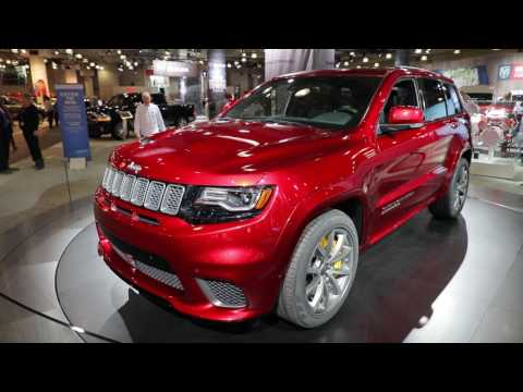 hellcat powered 2018 jeep grand cherokee trackhawk arrives with 707 horsepower. Black Bedroom Furniture Sets. Home Design Ideas