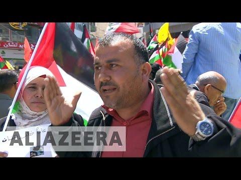 Palestinian Prisoners Go On Hunger Strike Against Israeli Jails Situation
