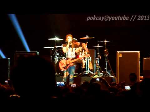 [HD] All Time Low - Time Bomb (Live in Jakarta 2013)