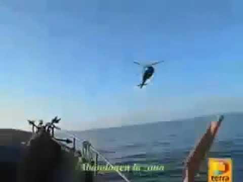 НЛО скрылся от боевых самолетов, нырнув под воду