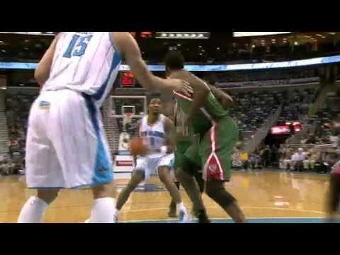 Mason SLIPS a Nice Pass | Milwaukee Bucks Vs New Orleans Hornets | 12/03/2012 | NBA Season 2012/13