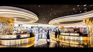 Walking Thru Dubai Airport Duty Free Shopping Mall .2019 ドバイ空港