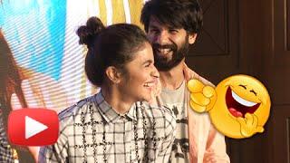 Alia Bhatt & Shahid Kapoor Crack Adult Jokes in Public