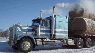 Hauling bales with Westernstar with Cummins