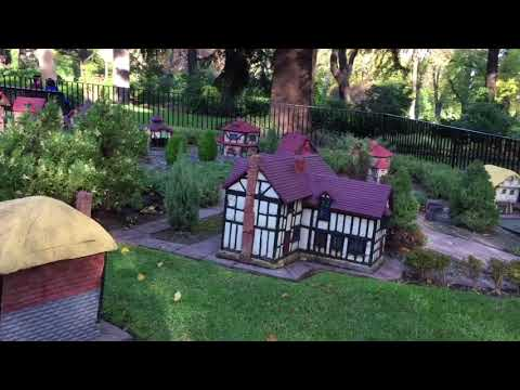 Fitzroy Gardens, Melbourne Australia