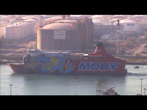 Piolín abandona el puerto de Barcelona