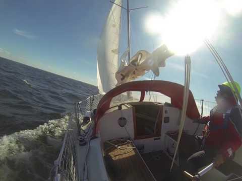 s/y La Isla (Albin 57) sailing offshore - beaufort 5-6 (8-12m/s) upwind