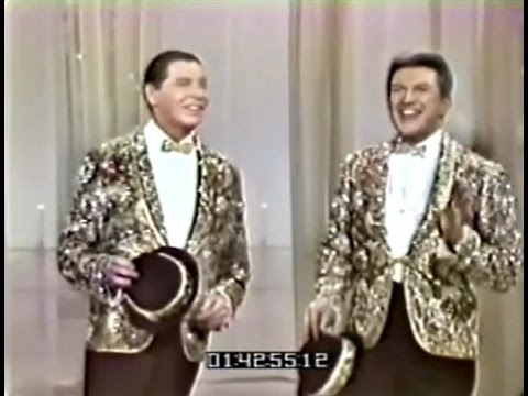 Liberace At The Hollywood Palace 2