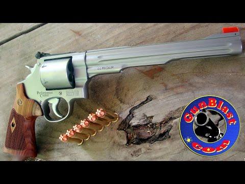 Shooting the Smith & Wesson Performance Center 629 Hunter 44 Magnum Revolver - Gunblast.com