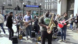 Get Lucky   Daft Punk And Pharrell  Carl Catron  Busking London