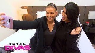 Natalya does Rosa Mendes' makeup: Total Divas Bonus Clip, April 19, 2016