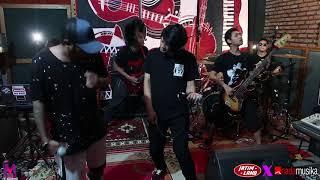 [4.48 MB] Kobe - Pesta Rakyat (Live @ Jatimland x Nadamusika studio)