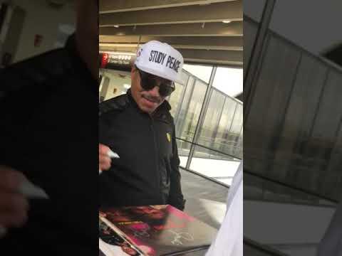 Marlon Jackson JACKSON 5 Signing Autographs Team Derek