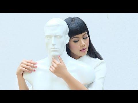 YURA YUNITA - Get Along With You (Official Music Video)