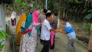 Tradisi Sembah Sungkem Idul Fitri di Kampung.