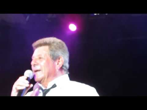 old-time-rock-and-roll/-mickey-mouse-theme-frankie-avalon-live-@-cne-toronto-29.9.13-superhd