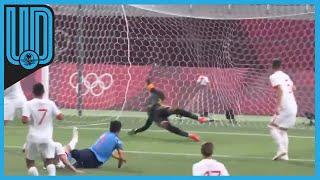 La Selección Mexicana de futbol cayó ante el país anfitrión, de momento es segundo lugar del Grupo A,  se jugará su pase ante la selección de Sudáfrica
