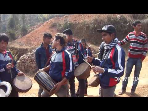 पन्चे बाजा: NEPALI #TYPICAL #PANCHE #BAJA #MUSIC AND #PANCHE BAJA SET ON WEDDING PROGRAME