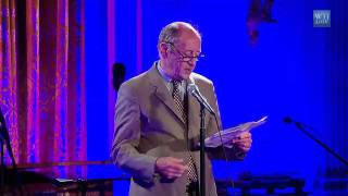 Gambar cover Poet Billy Collins reads poetry at White House Poetry Night