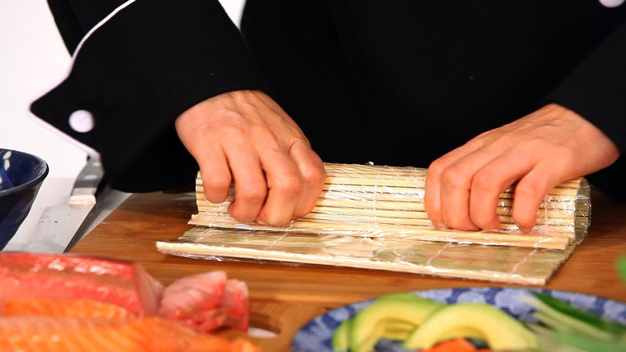 What Tools Do You Need to Make Sushi? | Sushi Lessons ...