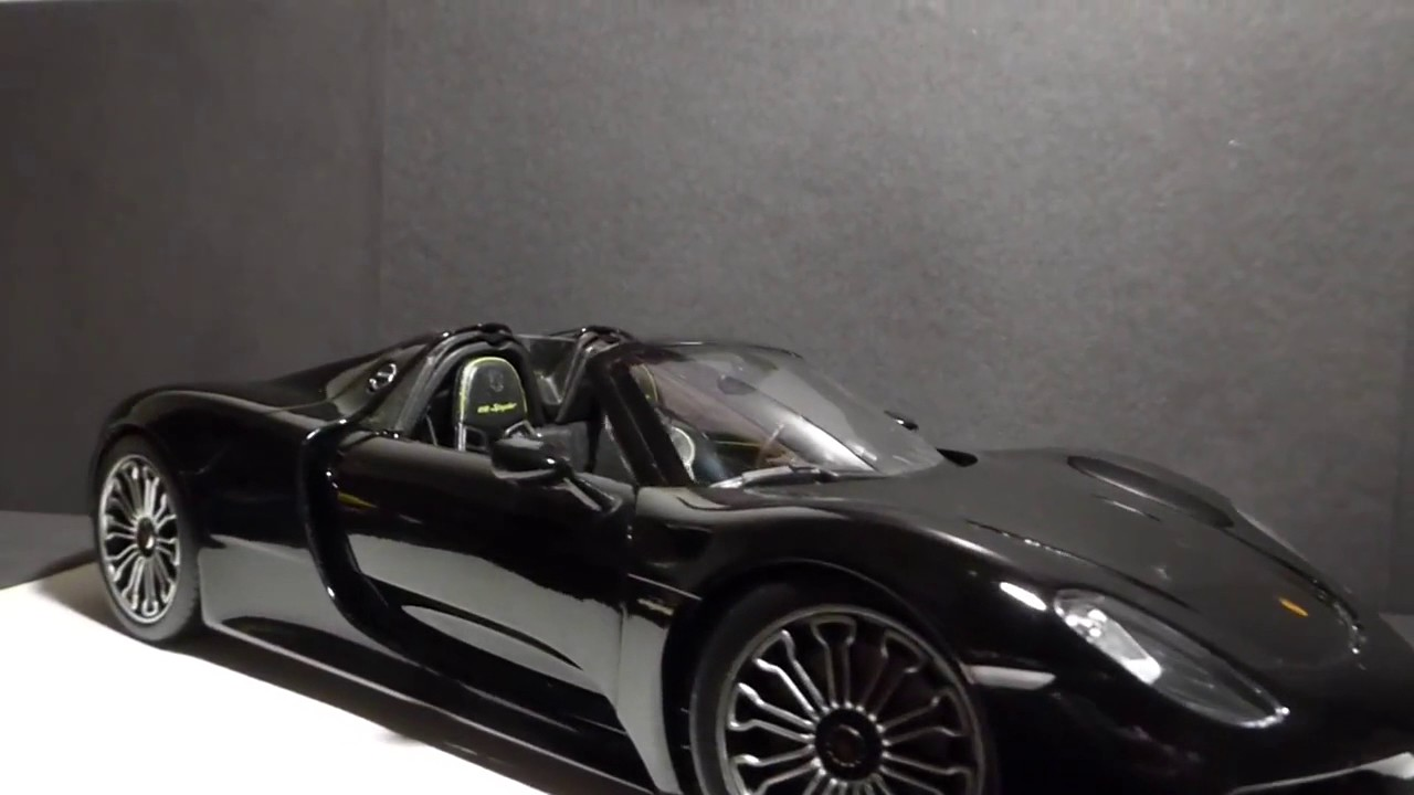 porsche 918 spyder porsche 918 spyder 1 18 welly review youtube. Black Bedroom Furniture Sets. Home Design Ideas