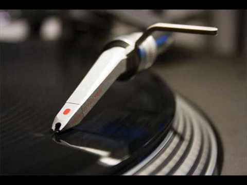 Dennis Ferrer - Hey Hey (Vox Mix)