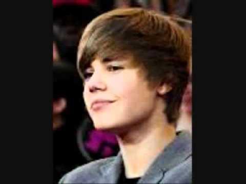 Michael Jackson VS Justin Bieber Little Drummer Boy