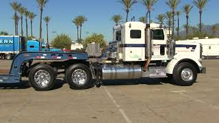 bubba-trucking-kw-t800w-and-mccarty-amp-sons-towing-peterbilt-367-arriving-at-truckin39-for-kids-2017