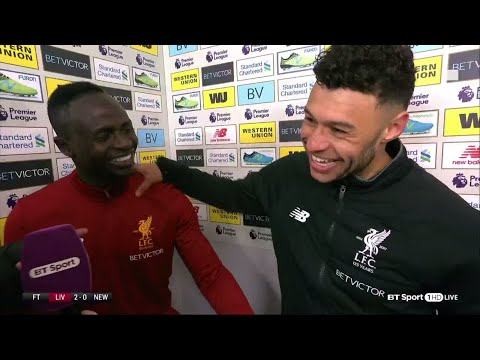 """Hendo is the best at staying angry!"" Mané & Oxlade-Chamberlain after Liverpool's win"