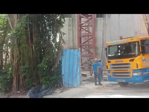 Huationg(Asia) Liebherr LTM1500-8.1 mobile crane and LTM1070-4.1 mobile crane