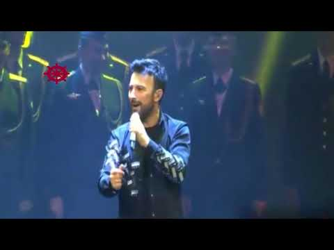 Turkish singer Tarkan and Red Army Choir in the same scene