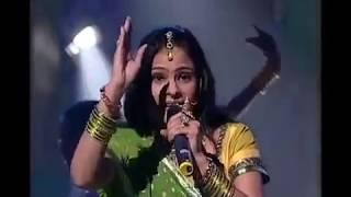 malini awasthi awadhi folk of india baji paijaniya jhamajham best folk song