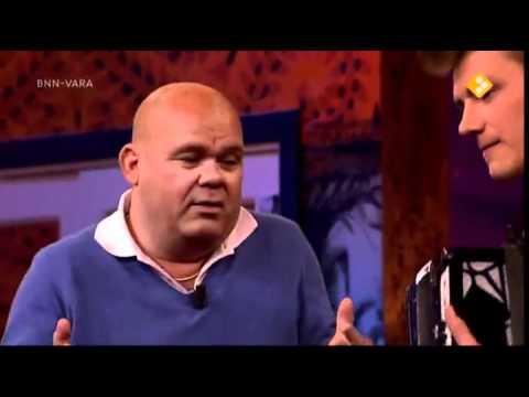 Alex Sparrow on De Madiwodovrijdagshow in Netherlands - 8.4.11 (FULL INTERVIEW).mp4