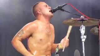 "SLAVES ""SOCKETS"" @ ROCK EN SEINE PARIS 2016"
